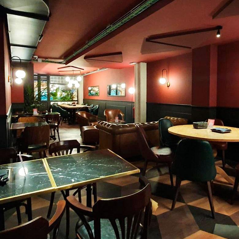 Reforma de restaurante Punto y Coma